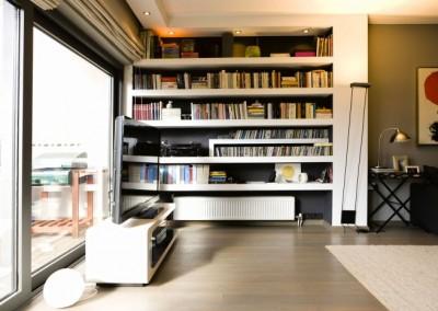 bookcase_1-040511130221_13_l